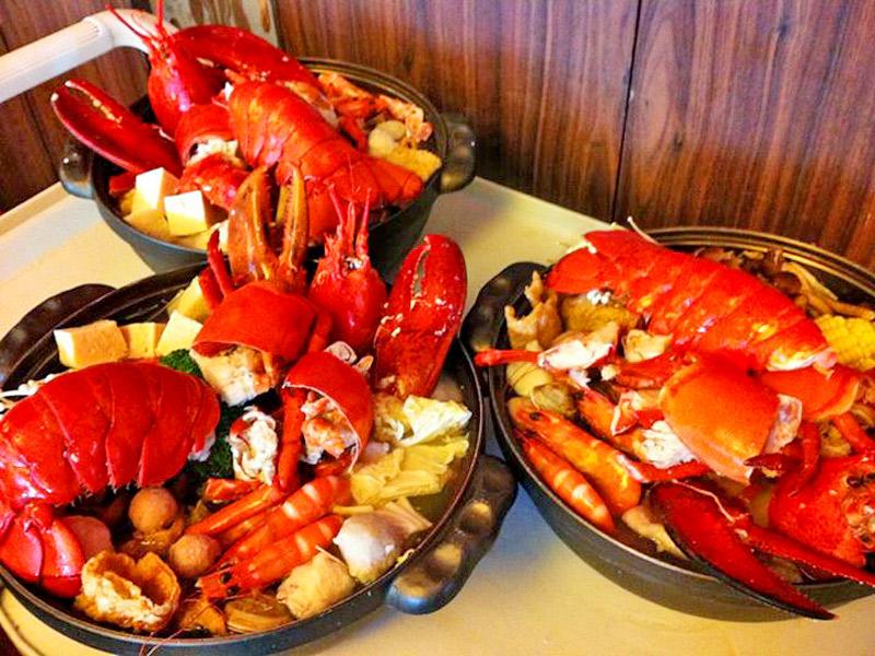 廖佑笙 廖佑笙   海鲜大餐,是许多人用餐的首要选择,大快朵颐生猛海鲜